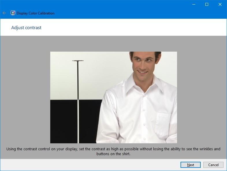 Найдите элементы управления контрастом на своем мониторе и установите его достаточно высоко, как показано на изображении ниже, и нажмите « Далее», чтобы продолжить.